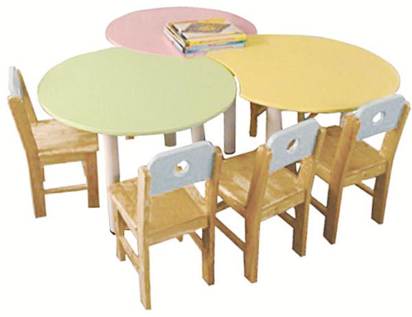 幼儿园桌椅定制